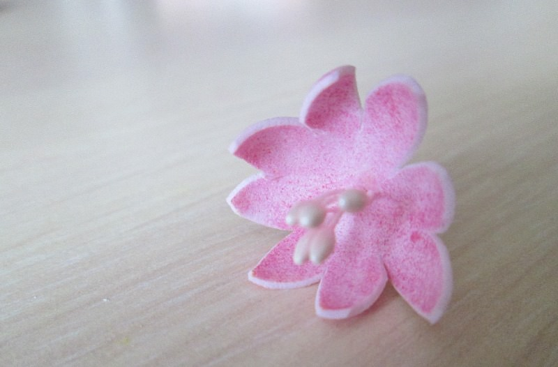 Мастер-класс по фоамирану: заколка из фоамирана с цветами