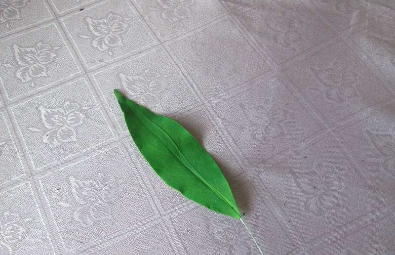 Листья из фоамирана: пошаговый мастер-класс с фото