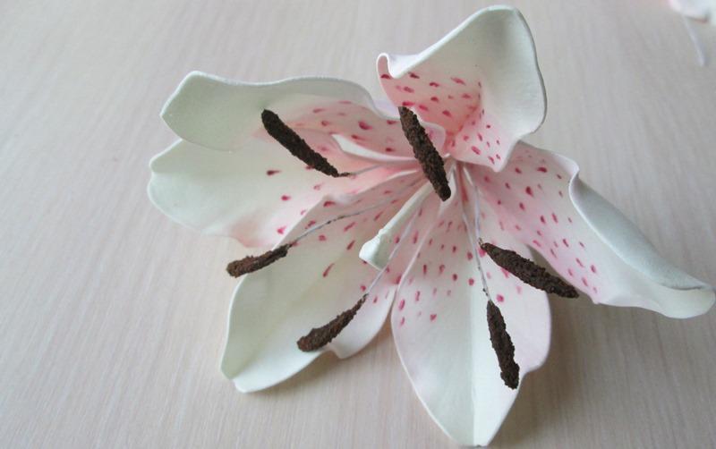 Лилия из фоамирана, цветок, фото