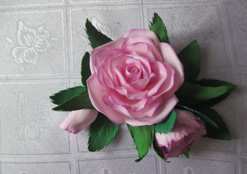 Роза из зефирного фоамирана, фото