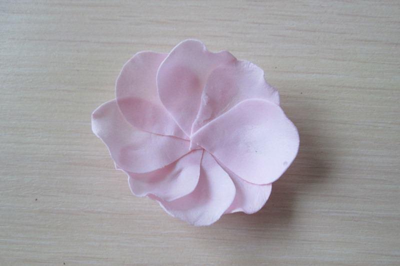 Маленькие розы из фоамирана, мастер-класс № 2, пошаговое фото