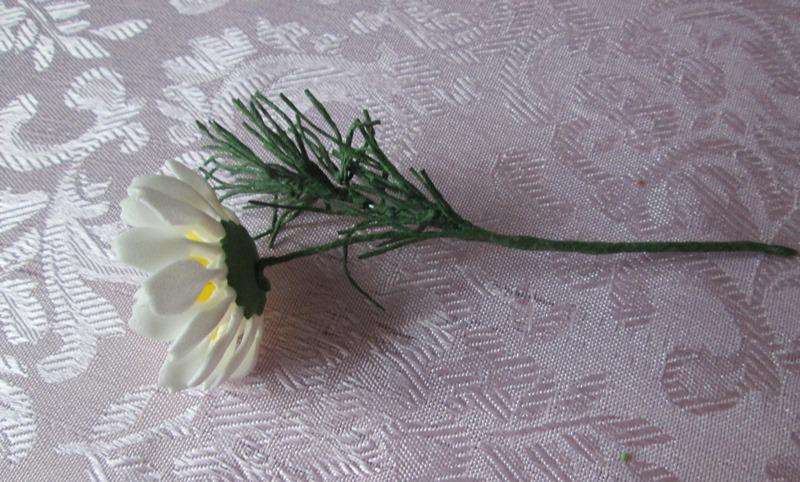 Полевая ромашка из фоамирана: мастер-класс, фото