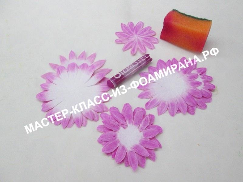 Как сделать тонировку хризантемы из фоамирана, мастер-класс, пошаговое фото