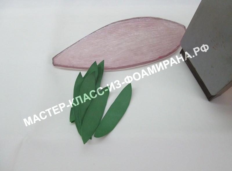 Лотос из фоамирана, фото