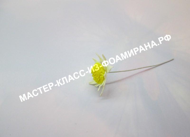 Собираем цветок для букета хризантем из фоамирана