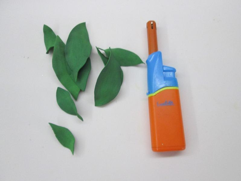 Как пирдать форму листьям лилии: мастер-класс, фото