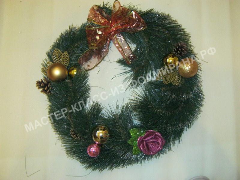 МК рождественский венок из фоамирана