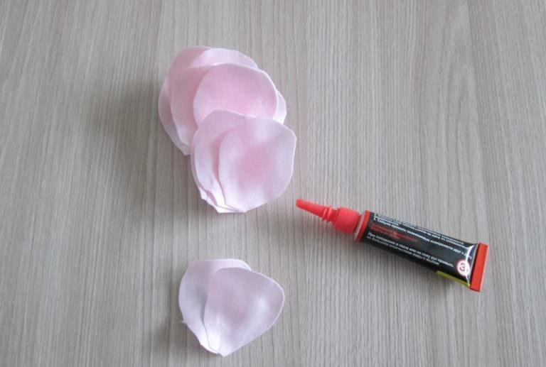 Как сделать розу из фоамирана своими руками фото 13