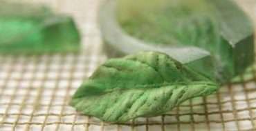 Листья из фоамирана: как сделать без молда?