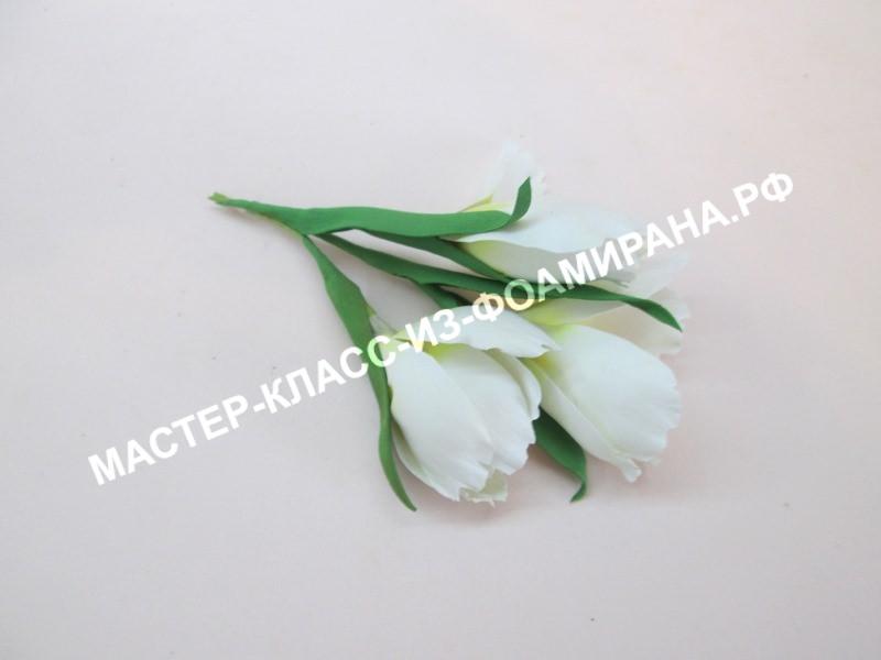 Фото готовых белых цветов из фоамирана