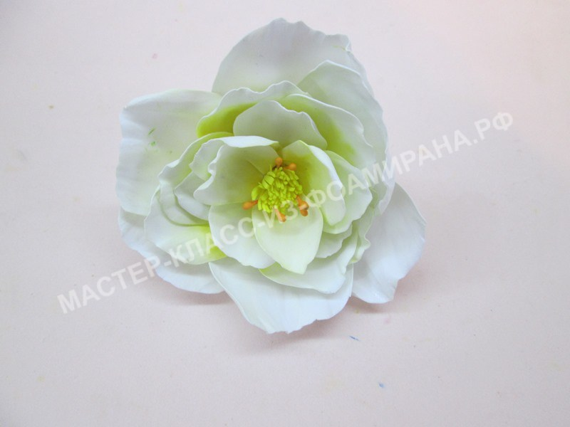 мастер-класс резинка со цветком из фоамирана шиповник.