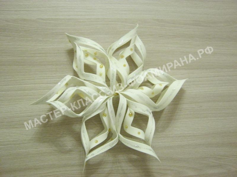 Мастер-класс белая снежинка из иранского фоамирана, пошаговое фото.